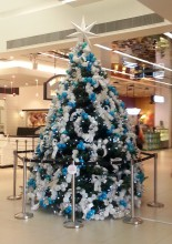 100 AM's White and Blue Live Xmas Tree